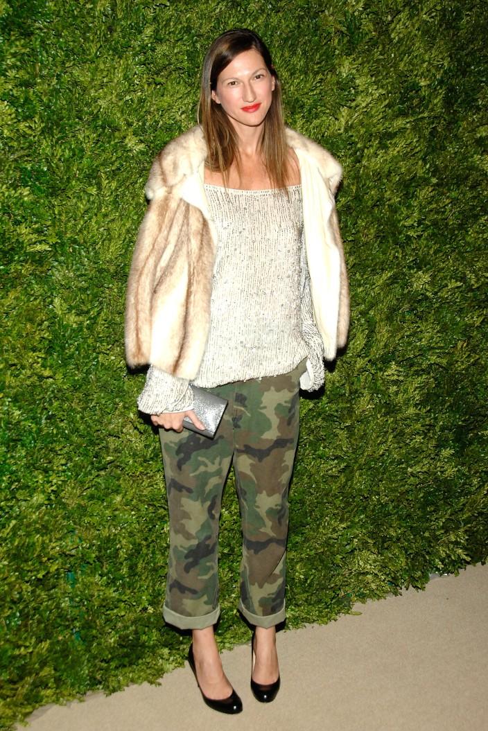 NUEVA YORK - 15 de noviembre: Jenna Lyons asiste a la séptima anual CFDA / Vogue Fashion Fund Awards >> en Skylight SOHO el 15 de noviembre de 2010 en la ciudad de Nueva York.  (Foto por Ben Gabbe / Getty Images)
