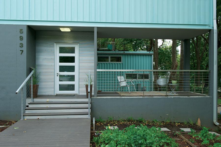 fachada-azul-casa-contenedor_809516