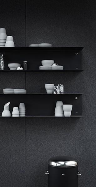 vipp-shelter-shelves-ceramics