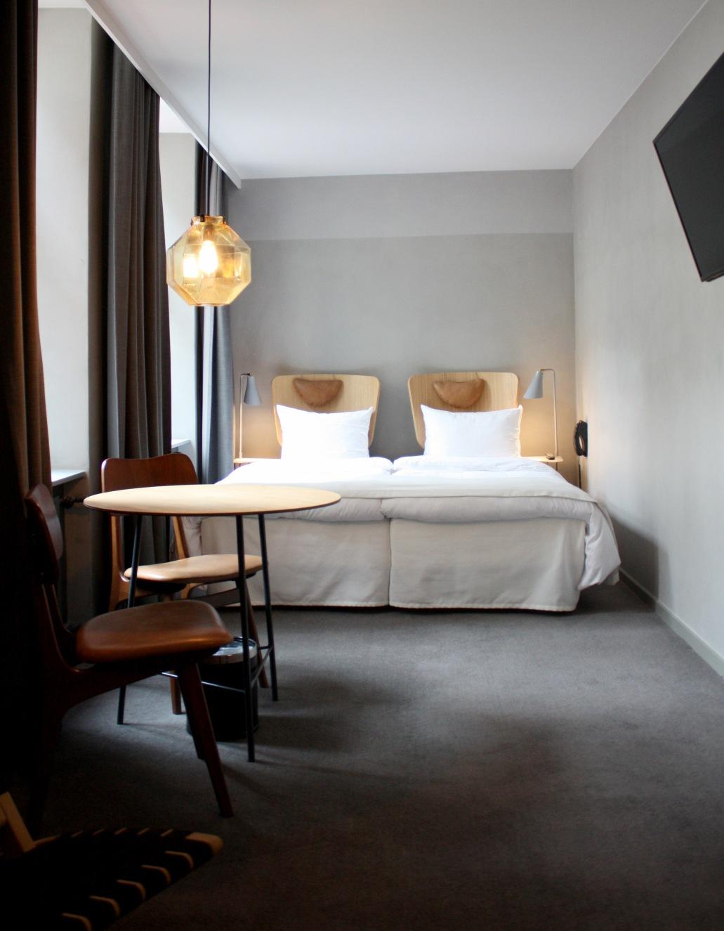 Hotel-SP34-Junior-Suite-1