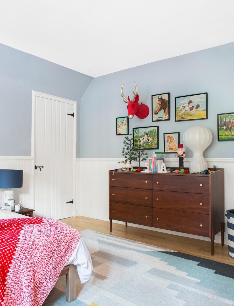 Emily-Henderson-Christmas-Decorating-Little-Boys-Room-101