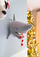 Emily-Henderson-Christmas-Decorating-Little-Boys-Room-81