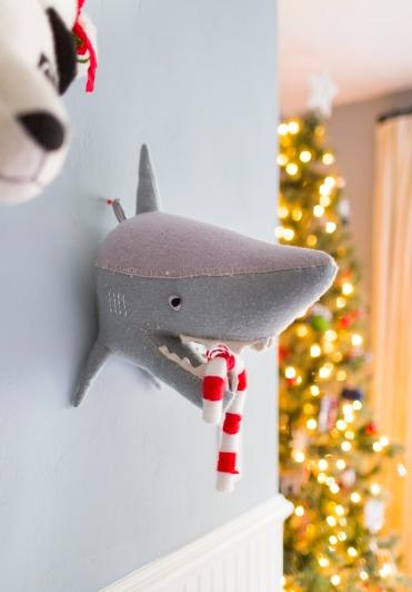 Emily-Henderson-Christmas-Decorating-Little-Boys-Room-81