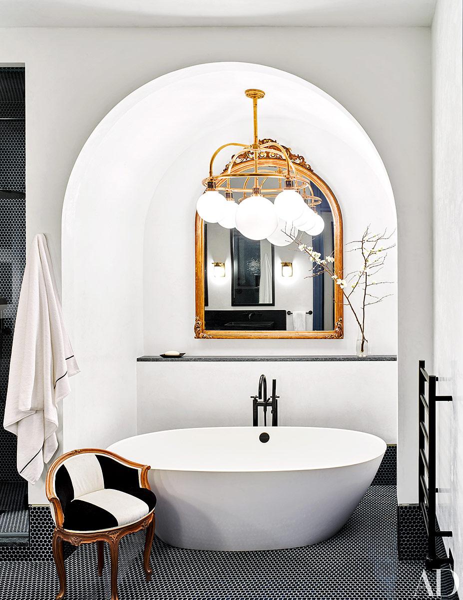 bañera exenta boveda medio punto estilo clasico decoracion loft naomi watts